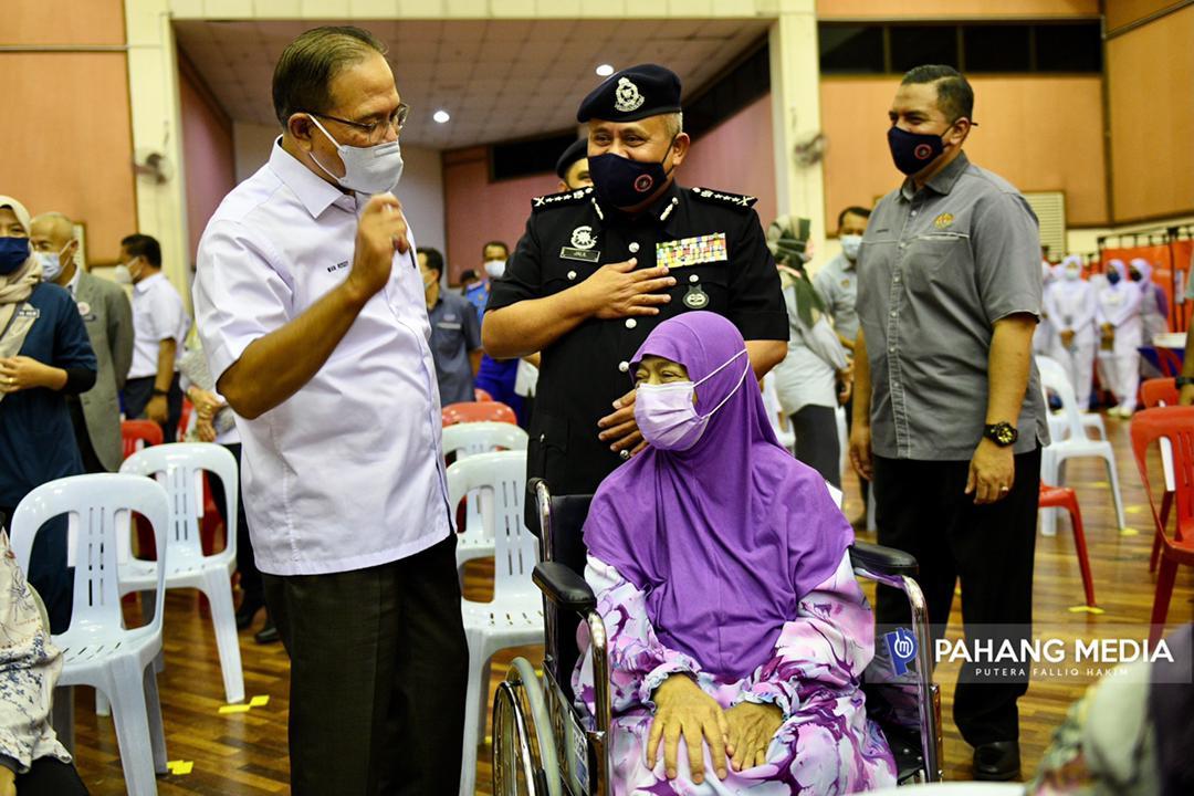 Roam-a-holic: Place to Stay in Brunei: Brunei Youth Hostel